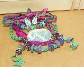 Quinlan Glass Handmade Fairy Garden Gypsy Sari Wrap Bracelet