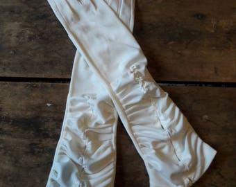 Vintage wedding gloves, Long white glovesVintage gloves for wedding/prom/costume