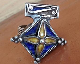 Old Silver Berber Boghdad Cross Ring with Enamel, Inner Diameter 2 cm, US size 10 1/2
