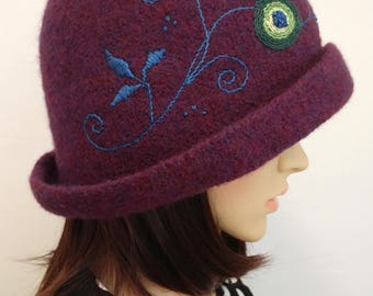 Classic Felted Derby Style Hat, Deep Heathered Purple Color, Hand Embroidery, Plum Purple Hat, Vintage Style Hat, Knit Hat, Felted Wool Hat