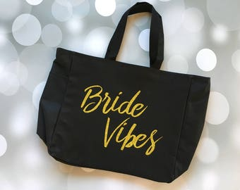 Engaged Tote, Engaged Bag, Engagement Tote, Wedding Tote, Wedding Bag, Engagement Gift, Engagement Gift Tote, Wedding Gift, Bridal Shower