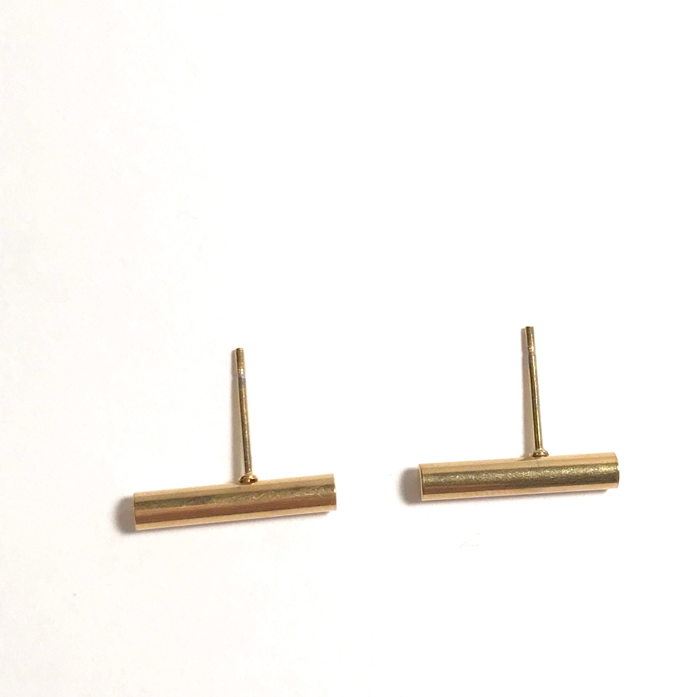 normal taylor in dot metallic lyst line medium earrings product jewelry sia stud gallery gold