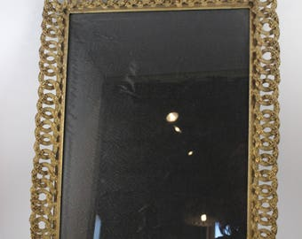 Vintage Large Ornate Heavy Gold Metal Roses 11 x 14 Picture Frame with Glass