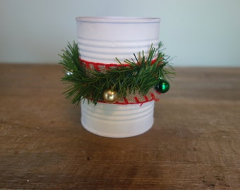 Christmas tin can with mini ornaments