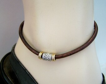 Mens Rustic Tan Anklet, Leather with Swiggle Bead, Petite to Plus Size Beach Anklet