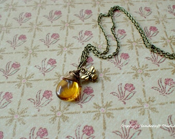 Vintage Style Bee and honey charm Necklace,Great gift for her
