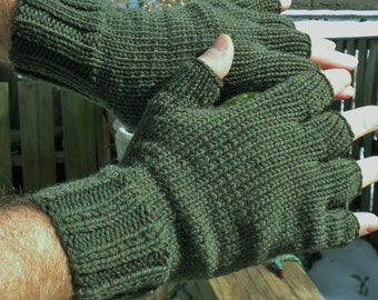 Half Finger Gloves Men's Hand Knit Green Washable Merino Wool Half Finger Gloves Hand Warmers Green Merino Wool Men's Short Finger Gloves
