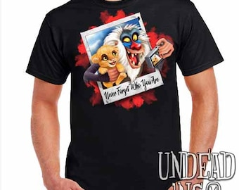 Lion King Simba and Rafiki Selfie - Remember Who You Are - Mens T Shirt