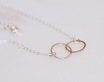 Mixed Metal Interlocking Circles Necklace