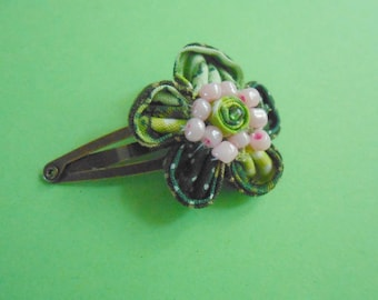 Large hair clip Kanzashi - green - handmade