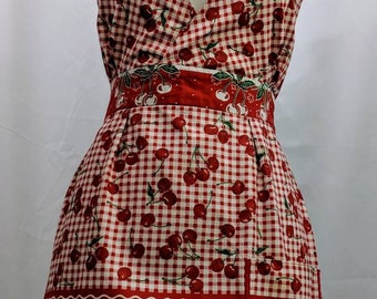 Retro halter top apron