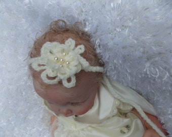 baby  crochet flower headband with   pearls photo prop
