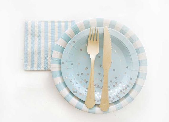 Light blue and white paper plates. Set of 12. Baby blue and white striped paper plates. Blue party plate. Boy baby shower lunch plates. & Light blue and white paper plates. Set of 12. Baby blue and