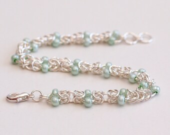 Mint Green Beaded Byzantine Chainmaille Bracelet, Byzantine Weave Chainmail Jewelry