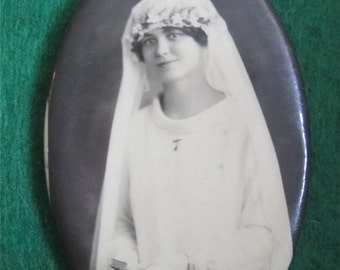 Blushing Bride - Original 1910's Celluloid Photo Remembrance Pocket Mirror - Young Girl On Her Confirmation Day - Free Shipping