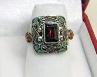 Chinese Export Garnet Ring - 1920's - Size 6 - Cloisonne Enamel Flowers - January Birthstone - Sterling Silver With Enamel