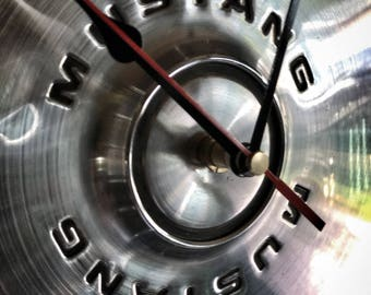 1971-73 Mustang Hubcap Clock (003)