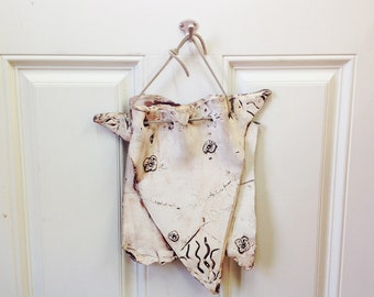 Super Cool Two Layered ceramic wall hanging; nice neutral white but earthy, shabby chic look
