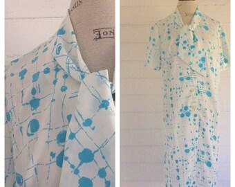 Vintage 1960s White and Blue Splatter MOD Dress w Secretary Bow
