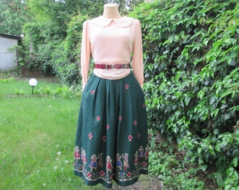 Nice Skirt Vintage / Full / Size EUR36 / 8 / Side Pockets / Lining