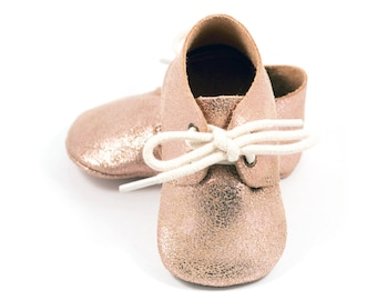 Rose gold baby oxford shoes, baby mocs, gold moccasins for baby girls, crib shoes, baby girl birthday shoes, baby shower gift
