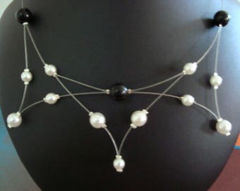 Black white wedding costume with spikes necklace