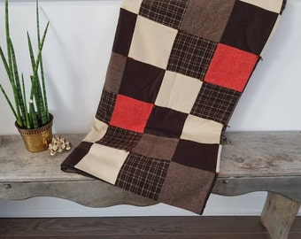 """Vintage Hand Made Quilt From the 70s /  53"""" x 76"""" /Throw Bedding Bed Coverlet Bedspread Cream Beige Brown 70s / Red Beige Brown"""