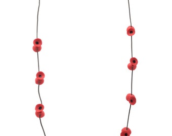 Poppies necklace red and black