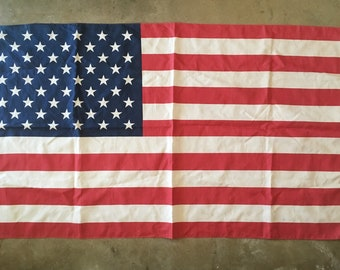 LARGE AMERICAN FLAG - 5'1''x2'9''