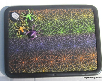Spider Magnet Board Bulletin Board Comes With 4 Button Magnets Halloween Message Board 8X11 Magnet Pin Board Kitchen Dorm Decor