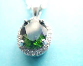 Natural Green Diopside 2 Ct - Sterling Silver Pendant