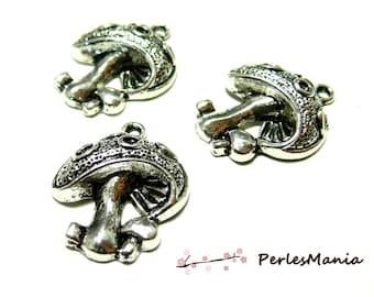 10 old silver OB12378 mushroom pendants
