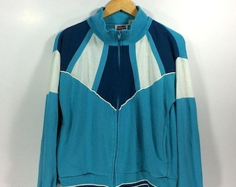 On sale 30% Vintage Main Event 90s 80s  Sweater