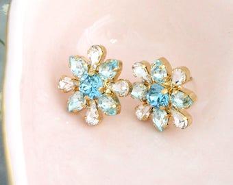 Blue Earrings, Bridal Blue Earrings, Aquamarine Stud Earrings, Bridal Cluster Earrings, Bridesmaids Earrings, Swarovski Light Blue Earrings