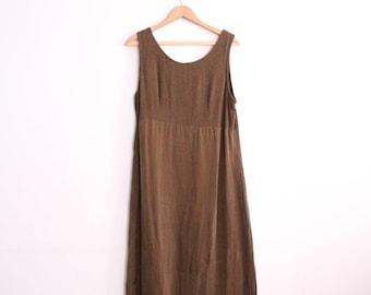 Minimal Cocoa 90s Maxi Dress