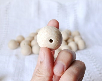 25 mm Wooden beads 25 pcs - natural eco friendly r25mm
