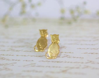 Studs Gold Cat Earrings, Cute Cat Earrings ,Halloween Earrings, Halloween Accessory, Animal Jewelry, Halloween Jewelry, Studs Earrings