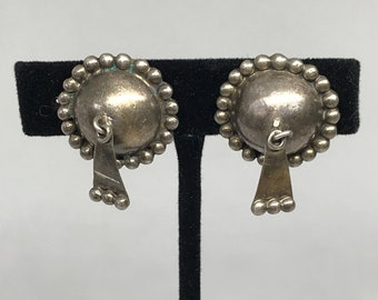 Vintage MEXICO SILVER Raised and Rounded Edged With Bubbles & Dangle Screw Back Earrings