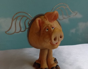 Halarious standing Jiggling Bobble  Flying Pig can upgrade to Hang