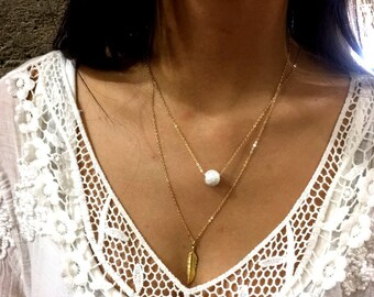 Gold Feather necklace, Minimalist necklace, Gold necklace, Dainty pendant, Layering Necklace, choker necklace, Gift for her - AFN 118