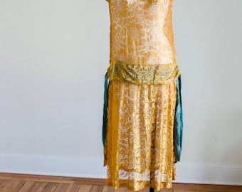 Authentic Flapper era 1920's Vintage Ochre silk Lace Dress with blue silk chiffon details