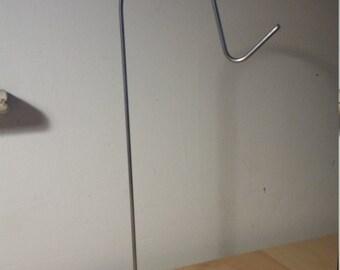 Simple Steel Headphone Stand