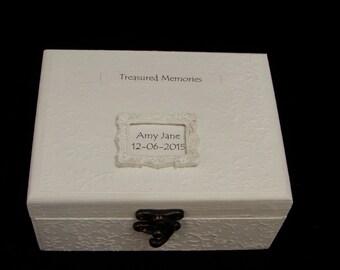 Personalised Treasured Memories Keepsake Box Memory Box Gift for Baby Boy or Baby Girl