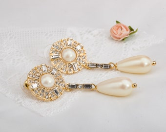 Golden wedding earrings,Art Deco bride earrings, Bride chandalier Earrings, pearl wedding jewelry, CZ earrings, bridal jewelry, AAA zirconia