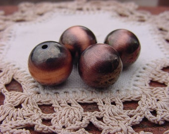 Vintage Lucite Round Beads in Stylized Copper