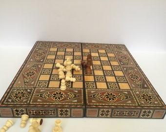 Chess Board / Medium size, Backgammon, Wooden chess board, Carved Backgammon, Syrian artisan mosaic backgammon, Marquetry chess board