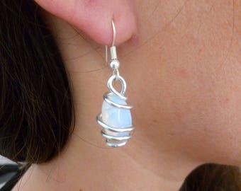 Moonstone Earrings Gemstones Wire Earrings  - Handmade Jewelry - Custom Jewelry - Semi precious stones - Aluminum Jewelry