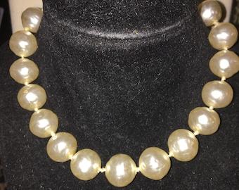 Vintage Pearl Choker