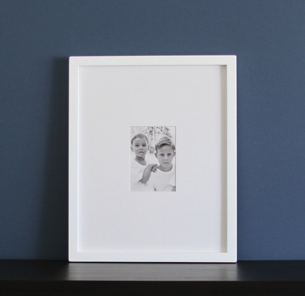 zoom - White Frame With Mat
