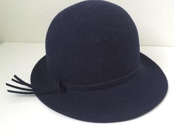 Vintage Adolfo II New York Paris - Navy Ladies Wool Felt Hat